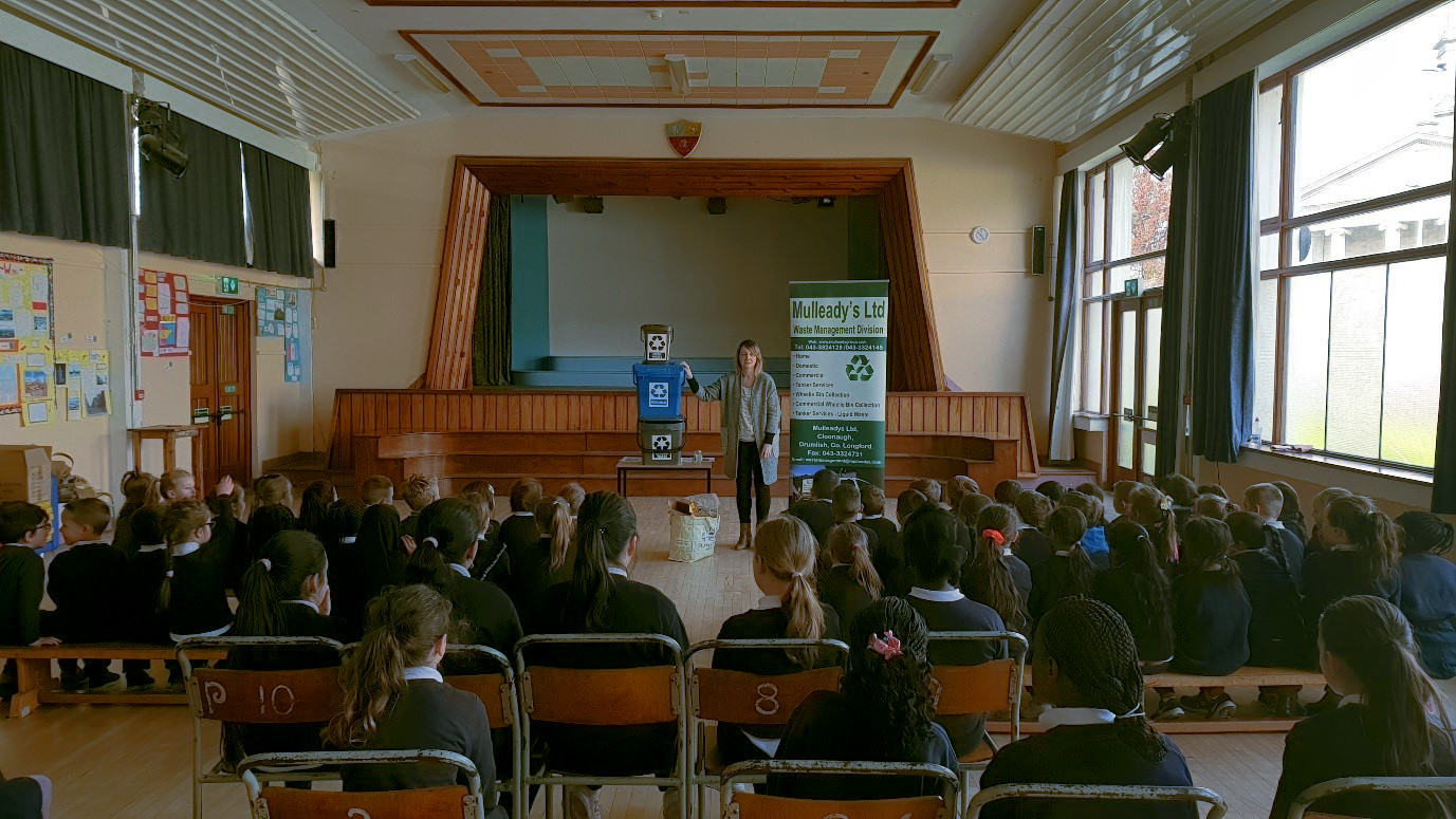 Interactive Recycling Talks for Schools