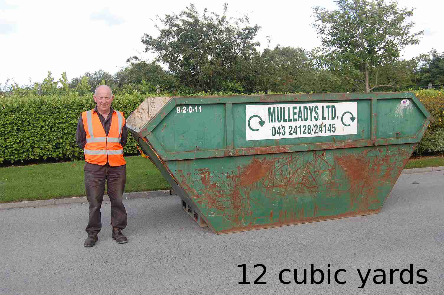 Holds approx. 125 refuse sacks. Open or closed top skip ideal for wood, steel, timber - segregated waste streams only.
